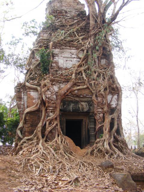Ancient Temple at Koh Ker, Cambodia (photo: Jozsef Laszlovszky)